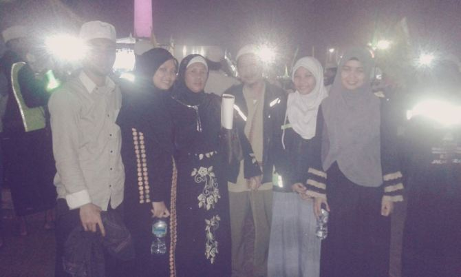 with family @ mr monas 19nop2014