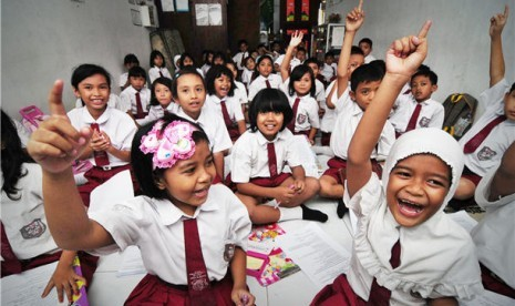 siswa-sekolah-dasar-ilustrasi